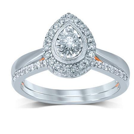 Pear Shaped Diamond Bridal Set